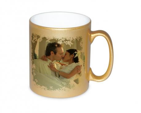 Mug doré personnalisé avec une photo