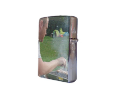 Briquet en métal brillant à personnaliser avec une photo