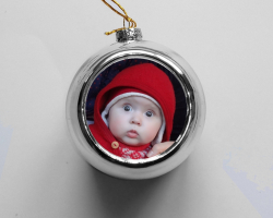 Boule de Noël grise à personnaliser avec une photo