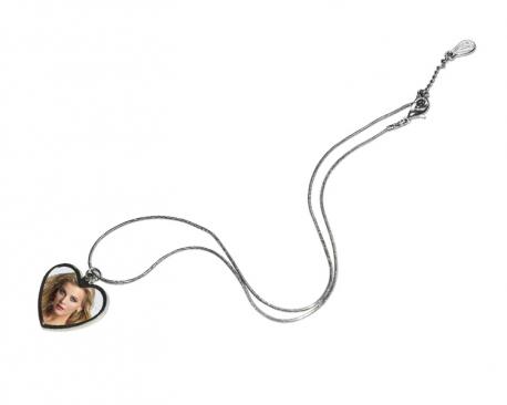 Médaille en forme de coeur à personnaliser avec une photo