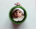Boule de Noël verte à personnaliser avec une photo